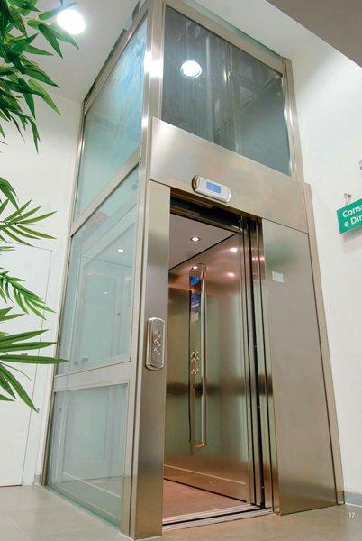 thang máy gia đình dần trở thành phương tiện vận chuyển phổ biến trong các hộ gia đình