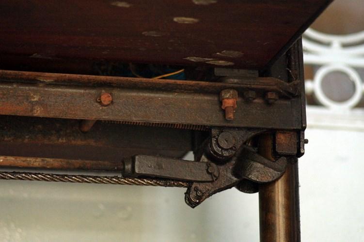 Hệ thống khung thang máy