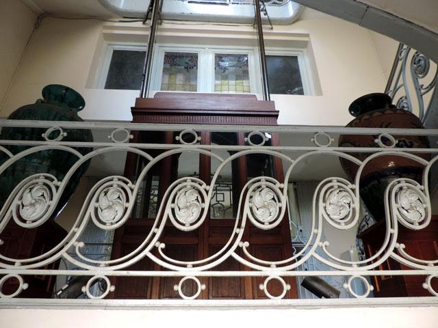 thang máy bằng gỗ độc đáo