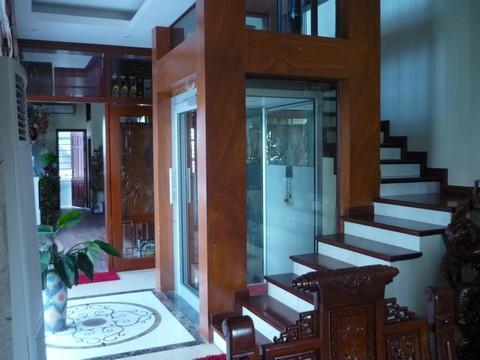 Thang máy gia đình tôn lên vẻ sang trọng cho ngôi nhà của bạn.